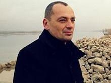 Александр Сурков отпущен под домашний арест