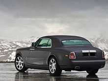 Саратовец продал астраханскому суду два несуществующих автомобиля