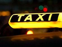 Пассажир покалечил таксиста и пытался его ограбить