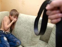 Выявлено 203 случаях жестокого обращения с детьми