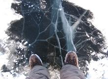 Зимой под лед проваливаются трезвые рыбаки