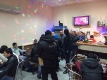 Полицейские и общественники поймали наркомана в баре
