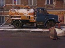 """Из-за  вскрышных работ """"Саратовводоканала"""" перекрыта улица"""