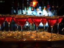 """Прокуроры нашли в баре """"Мичурин"""" подозрительный алкоголь"""