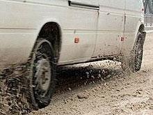 На дороги Саратова высыпали 500 тонн песко-соляной смеси