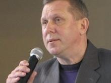 Владимир Попков принял участие в школьном олимпийском празднике