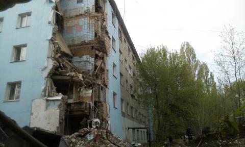 Обследование рухнувшего дома на проспекте Строителей обойдется в 10 миллионов