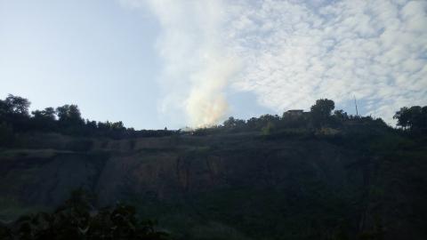 В Волжском районе Саратова загорелась свалка