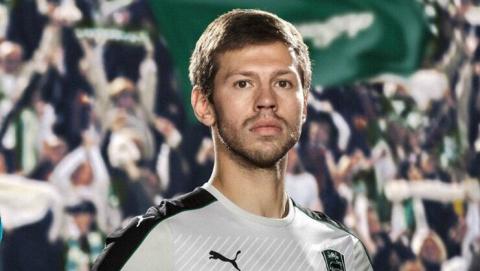 Саратовский футболист признан лучшим в России