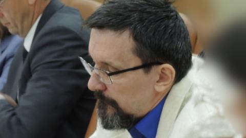 Депутат о запрете брать в помощники родственников: Мы с них три шкуры дерём!