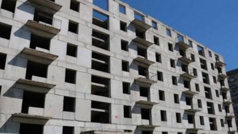 Абасов расплатился за землю квартирами по 270 тысяч