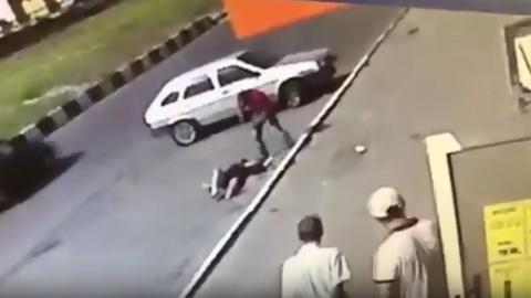 "На школьников из лицея ""Солярис"" напали возле супермаркета"