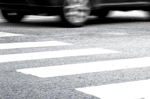 Иномарка сбила на пешеходном переходе 83-летнюю женщину