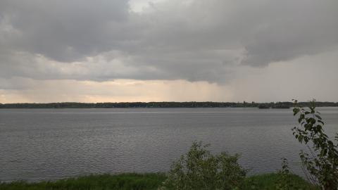 Грозы вернулись в Саратовскую область