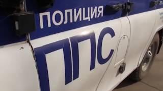 Полиция отстрелялась от пьяного агрессора с ножом и лопатой