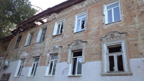 Саратовские чиновники ищут ответственных за разрушение дома с ангелами на Соборной