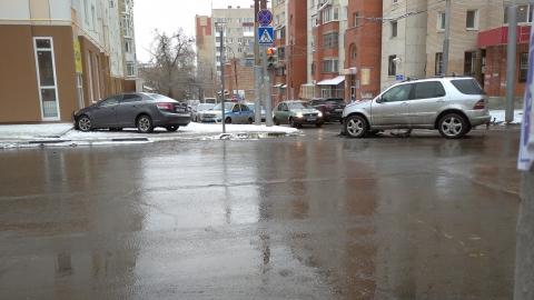 Саратовцев предупредили о возможных последствиях снегопада