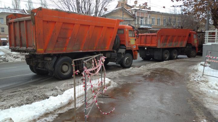 Губернатор назвал виновных в некачественной уборке снега в Саратове