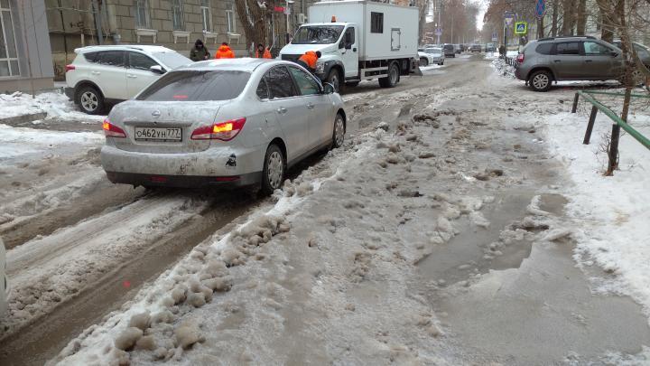 Саратов прославился нечищенными дорогами на всю страну