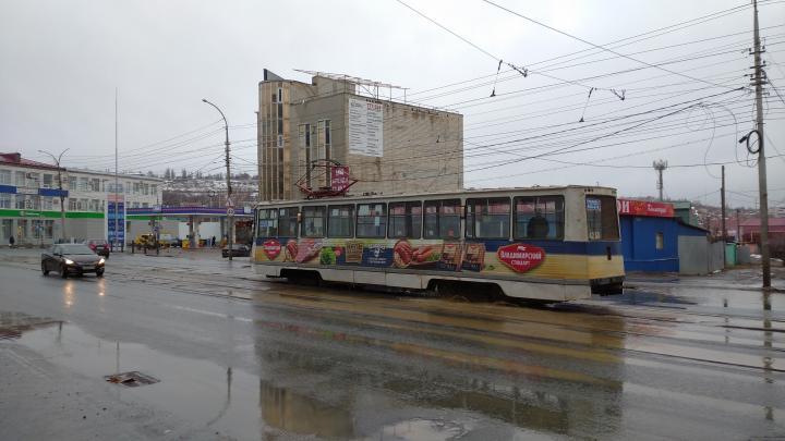 Саратовцев предупредили о плохой погоде завтра: проблемы на дорогах
