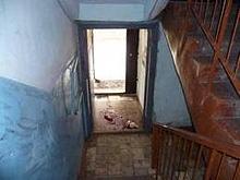 В подъезде обнаружено тело девушки со множественными ранениями