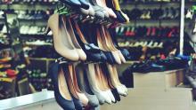 Саратовский Роспотребнадзор конфисковал 230 пар обуви