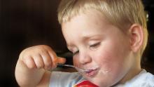 Просроченный йогурт продавали в энгельсском сельпо