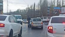 Пробка на Танкистов в Саратове из-за ДТП