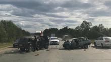 Под Саратовом водитель «девятки» уснул за рулем и врезался в «Ниву»